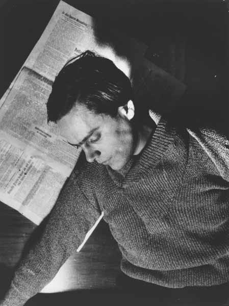 "Eva Besnyö, ""György Kepes, Berlin,"" 1930"