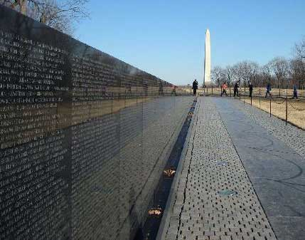 Maya Lin's Vietnam Veterans' Memorial, Washington, D.C.