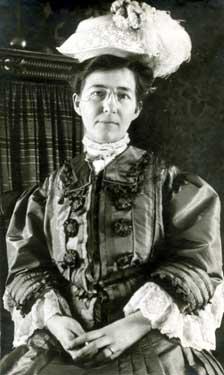 Dulah Marie Evans Krehbiel circa 1908