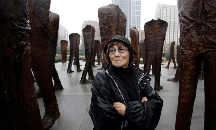 The New York Times remembers Magdalena Abakanowicz