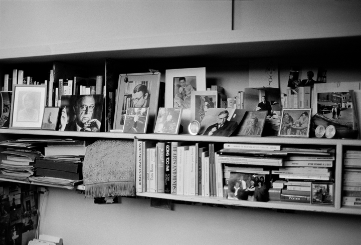 Bettina Flitner, The studio of Simone de Beauvoir, rue Schoelcher 12 bis, Montparnasse, Paris, March 1986; Photograph; ©bettinaflitner.de