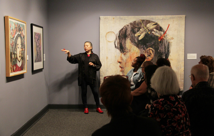 Hung Liu discusses her works in Hung Liu In Print ; Phtoo: NMWA