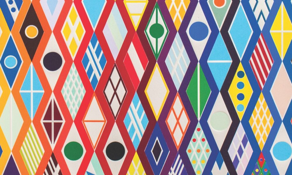 Multiple rhombus-shaped objects created by connected zig-zag lines in multiple colors fill the canvas. Each rhombus is filled with different colors, shapes, and patterns.